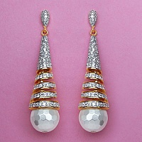 14.70 Grams White Cubic Zirconia & White Synthetic Pearl Gold P