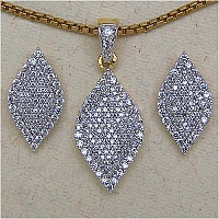 4.70 Grams White Cubic Zirconia Gold Plated Brass Pendant Set