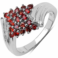 1.05CTW Natural Garnet .925 Sterling Silver Ring
