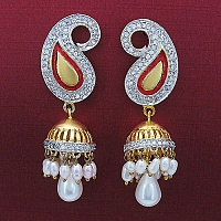 14.10 Grams White Synthetic Pearl & White Cubic Zirconia Gold P