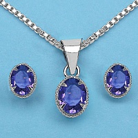 7.70 Grams Genuine Amethyst Brass Oval Shape Pendant Set