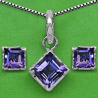 9.00 Grams Genuine Amethyst Brass Square Shape Pendant Set