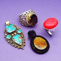 KLG Mega Combo Pack of 4 Unique Jewellery Pcs, MRP Rs. 3,680/-