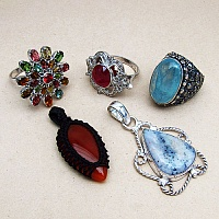 KLG Mega Combo Pack of 5 Unique Jewellery Pcs, MRP Rs. 6,130/-
