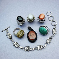 KLG Mega Combo Pack of 6 Unique Jewellery Pcs, MRP Rs. 7,910/-